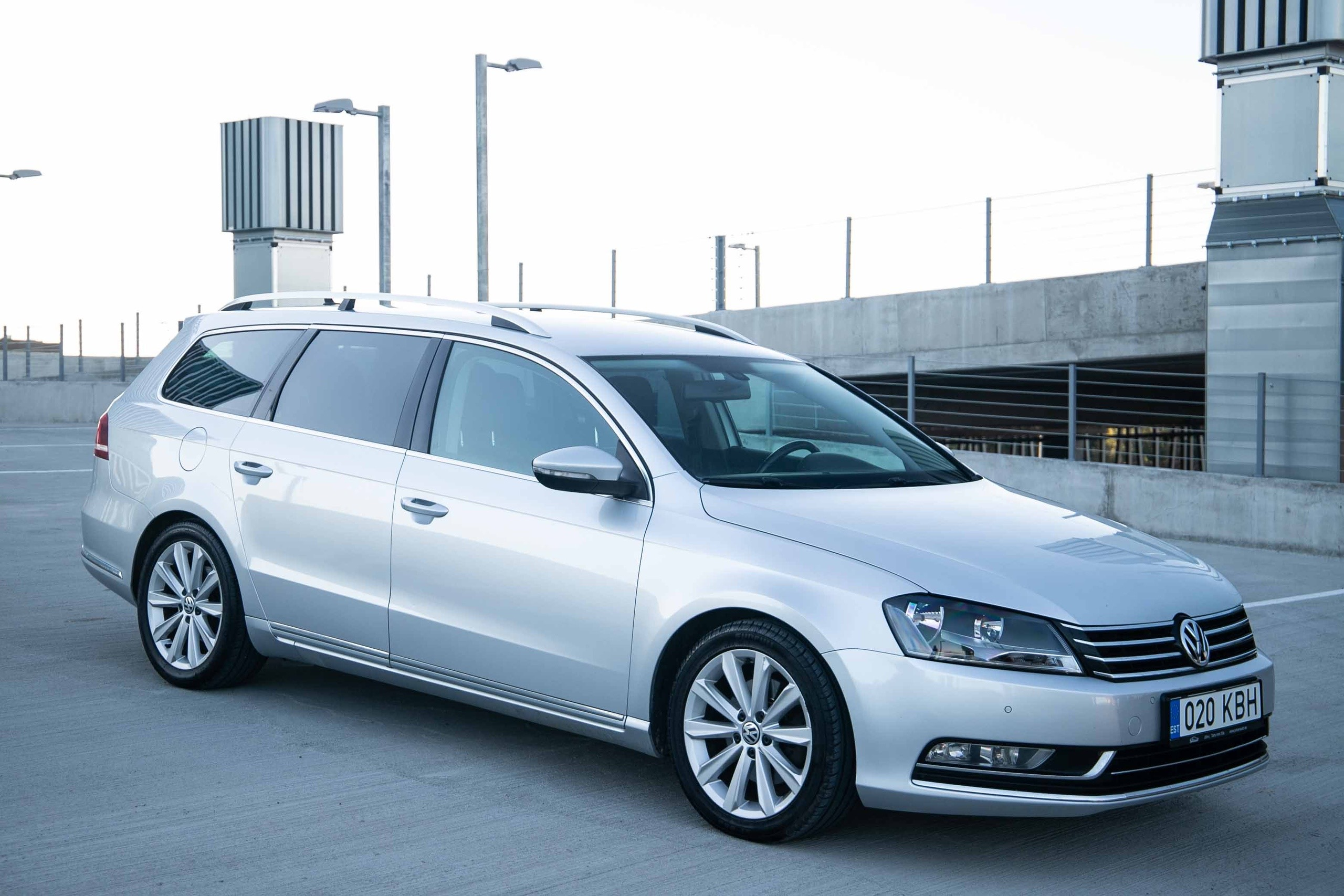 Volkswagen Passat Highline - Photo